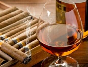 ron y tabaco cubano
